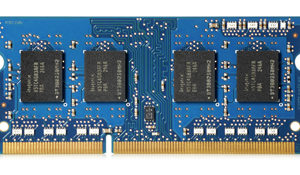 HP 2GB DDR3-1600 1.35V SODIMM, HP 4GB DDR3L-1600 1.35V SODIMM, center